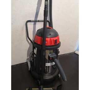 2 motors støv/vådsuger Pulito5 (NY)